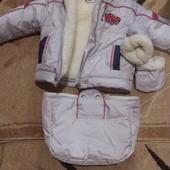 Куртка, комбинзон, конверт +варешки. Состояние нового! От 0 до 4 лет