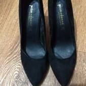 Шикарные фирменные туфли натуральная замша