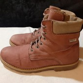 Ботинки из нат. кожи (нубук) с мембр. Tex, разм. 34 (22,5 см внутри).