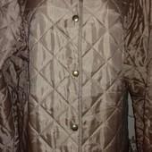 Красивенная с переливом легенькая курточка. Пог-63
