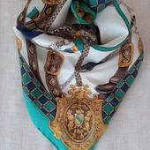 Платок-гаврош в стиле Hermes, шов роуль