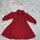 Тёплое пальто на девочку 5 лет