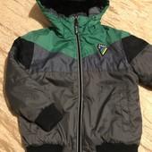 Класна демісезонна куртка від Next на 5 років зріст 110 см