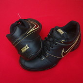 Кроссовки Nike оригинал 38 размер