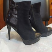 Классные ботинки на каблуке
