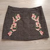 Фирменная красивая юбка в состоянии новой вещи р.14-16