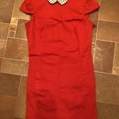 Фактурное коттоновое платье с трендовым воротничком