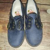 Полностью кожаные туфли 28 р(Испания)