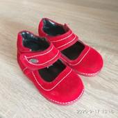 Красивие туфельки стелька 12,7-13см