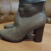 Кожаные ботинки демисезонные новые, размер 40