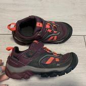 Отличные кроссовки Quechua 26 размер стелька. 17 см