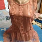 Блузка с баской на XS