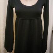 Тёплое платье очень красивое!