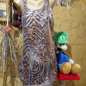 Эксклюзивное платье вся разноцветными поедками золотыми и чёрными. River Island. l,xl,xxl.