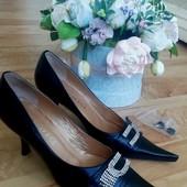 Тренд 2019 туфли узкий длинный носок низкий каблук шпилька кожа 24см стелька уп 15%, нп 5% скидка!