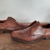 Ботинки туфли с натуральной кожи снаружи и внутри,26-26,5 см