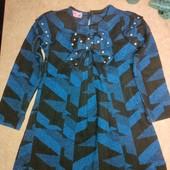 Нарядное тёплое платье на 4-5 лет