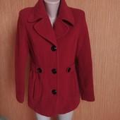 Пальто 70% шерсть в хорошем состоянии