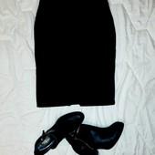 Стильная офисная юбка с высокой посадкой.