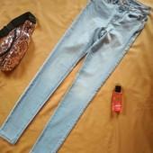 Світлі джинсові стрейч скінні