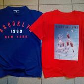 Две красочне фирменные√√ красивые футболочки ,без нюансов √√ 100% х/б.