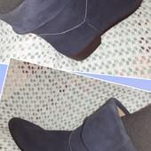 Новые итальянские ботинки из нат. замши, разм. 37 (23,5 см внутри). Сток.