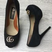 Туфли лабутены натуральная замша 37 р на 23, 5-24 см