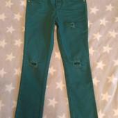 Классные джинсы в прекрасном состоянии, р.128