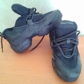 Кроссовки для танцев и спорта 29 р