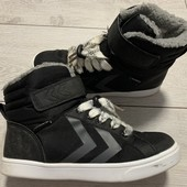 Отличные ботиночки Hummel 37 размер стелька 23 см