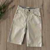 Джинсовые шорты для мальчика 6-7 лет. В хорошем состоянии.