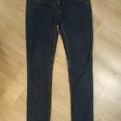 Фирменные джинсы Слим, р.12 в хорошем состоянии