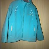 Тепла кофта-куртка на вік 3-4 років. Можна і довше носити.
