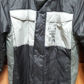 Фирменная Деми куртка Nike 10-12 лет