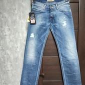 Фирменные новые мужские джинсы р.33 на пот-43-45, поб-57