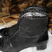 Ботинки Италия,натуральная замша,лак. Стелька 27 см