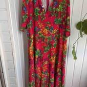 Красивое платье,размер 52-56