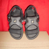 Детские сандалии.размер 34.стелька 20.5 см.в хорошем состоянии.