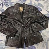 кожаный пиджак!