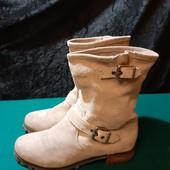 Деми ботинки из нат. замши от H&M, разм. 37 (23,5 см по бирке). Сост. очень хорошее!
