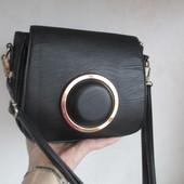 Классная стильная оригинальная сумка кросс-боди.Состояние новой!