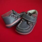 Ботинки Clarks натур кожа 24-25 размер