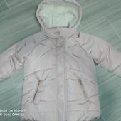 Очень красивая курточка на девочку 3года замеры на фото