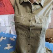 Блузка-безрукавка цвета хаки на S