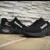 мужские кроссовки в стиле Reebok.