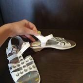 сандалики новые