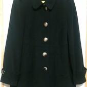 Полушерстяное пальто на 24 рр. Идеальное