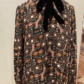 Красивая блуза на м/л с оборкой на рукавах, бархатный воротничок