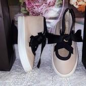 Тапочки туфельки пудрового цвета ZARA девочки стелька 13,5 см
