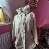 Теплая красивая куртка на шикарные формы
